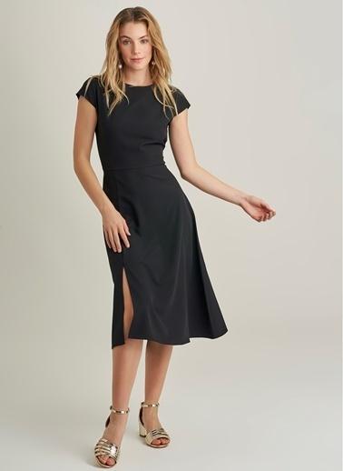 NGSTYLE Midi Yırtmaçlı Elbise Siyah